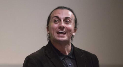 Philip Gomez in El Colibrí Mágico (The Magic Hummingbird