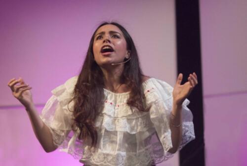 Karen Garcia as Maria Sabia